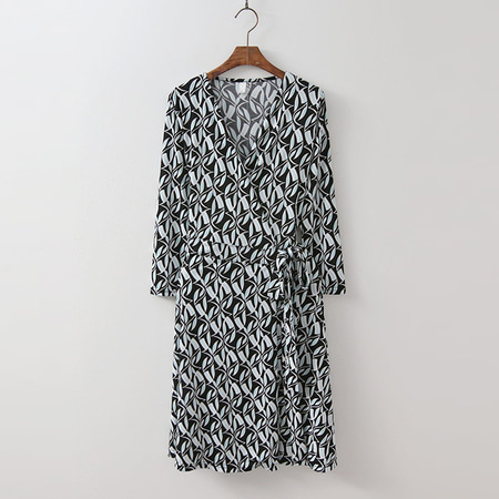 Peacock Wrap Midi Dress - 긴팔