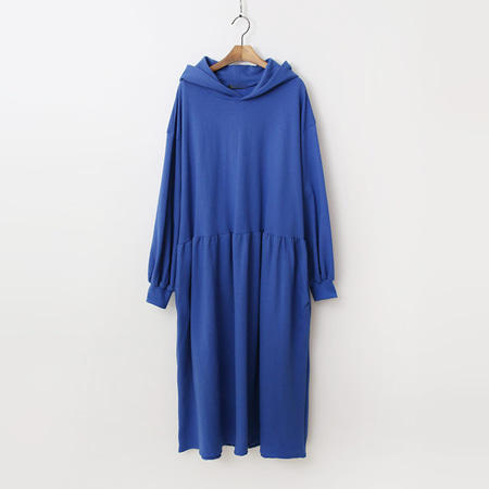Hood Puff Long Dress